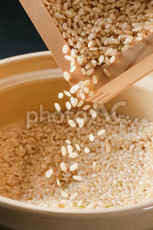 玄米の写真