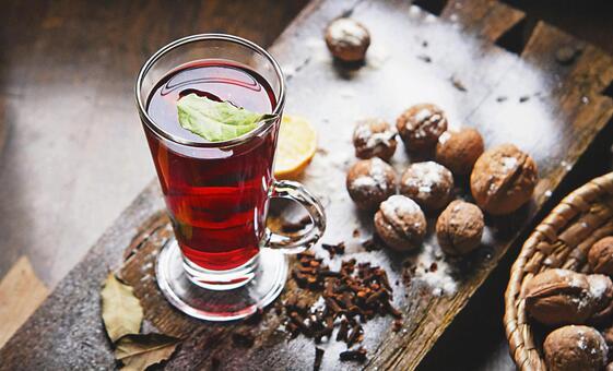 Drink and walnut 2