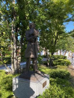 Bronze statue of Jigoro Kano