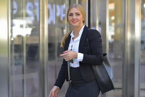 Suit Foreign Women 2