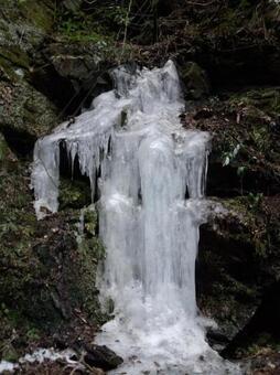 高野山冰凍瀑布