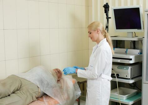Foreign nursing male undergoing gastroscope camera examinations Foreign female doctor 7 to be inspected