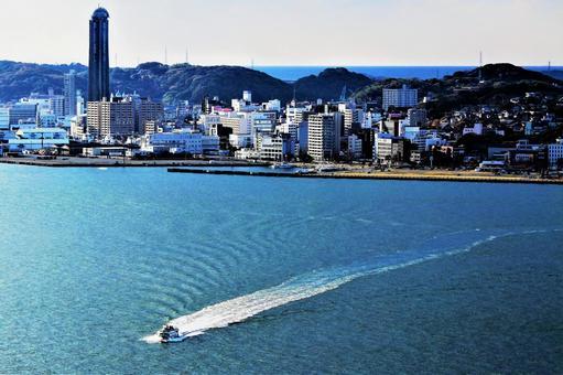 해협의 도시 3
