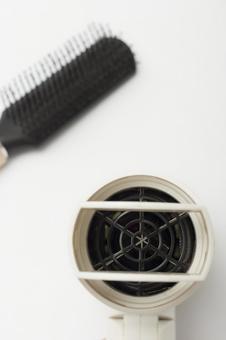 Hair dryer and brush 3