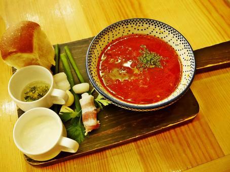 러시아 요리의 수프 (사탕무 수프)