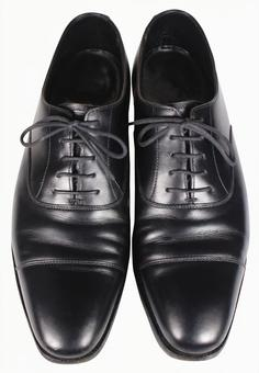 Crop material Leather shoes black 1