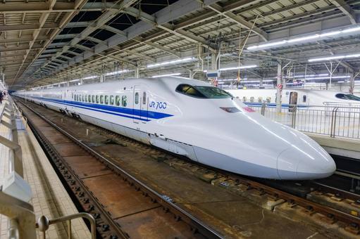 Shinkansen 700 Series Shin-Osaka Station