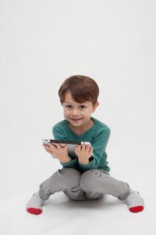 平板电脑和男孩2