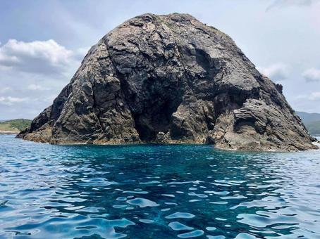 아마미 걸어 呂麻 바다 바위