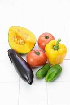 Vitamin color vegetables