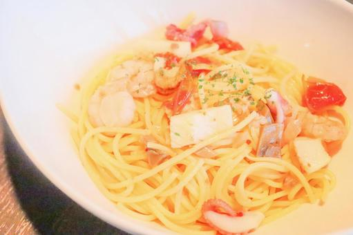 Seafood salt pasta
