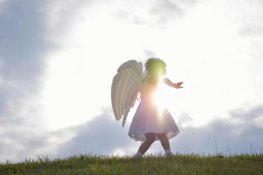 천사의 모습을 한 소녀