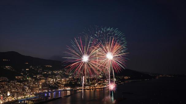 Shizuoka Atami Fireworks Festival