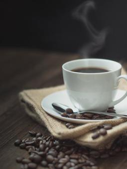 뜨거운 커피 이미지