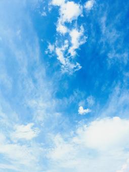 푸른 하늘 筋雲 얇은 구름 아름다운 적운 綿雲