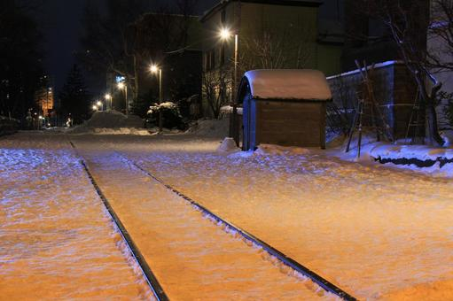 Trace of Nemiya Line at night