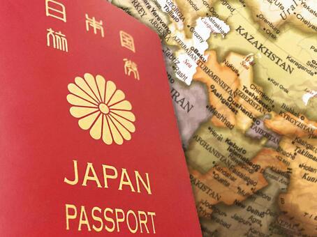 여권 및 세계지도