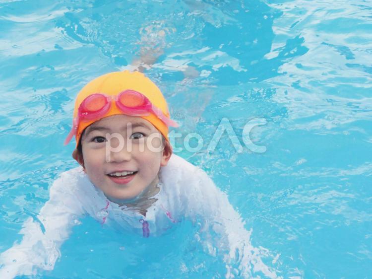 水泳の練習の写真