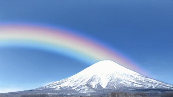 蝦夷富士に架かる七色の虹