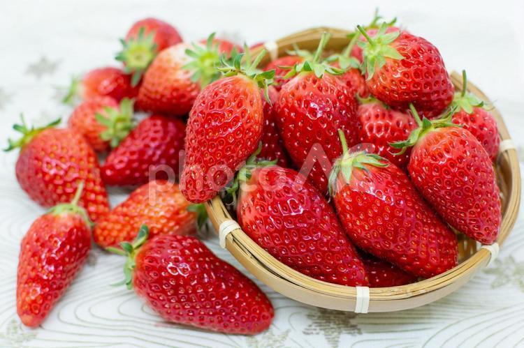 甘くておいしいイチゴの写真
