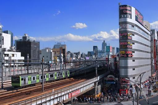 Ueno Town and Yamanote Line