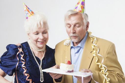 Party foreign senior couple 25