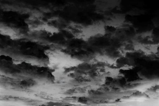먹구름 끼는 섬뜩한 하늘 0427