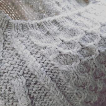 짠 스웨터