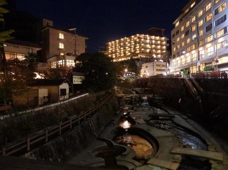 아리마 온천 밤의 아리마 강