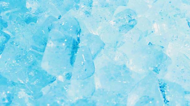 Ice 74 (light blue)