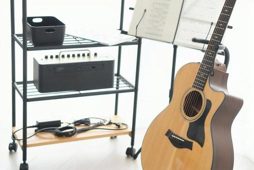 Acoustic guitar and equipment