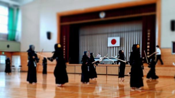 Practice scene before the game (Kendo)