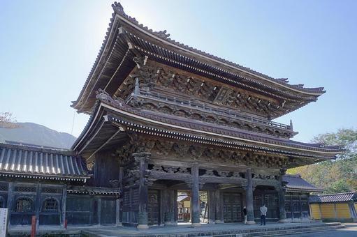 난 토시 이나미 출장소 瑞泉寺 산문