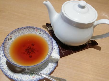 Tea and pot service