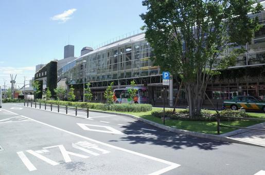 Musashisakai station building