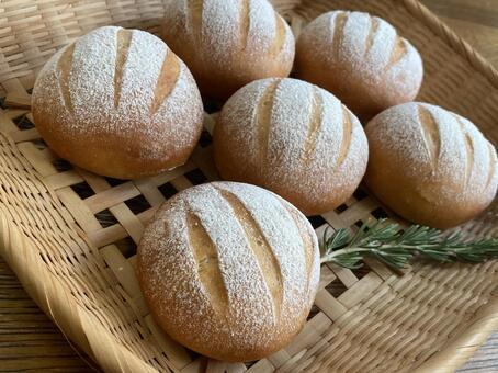손수 만든 빵 둥근 빵