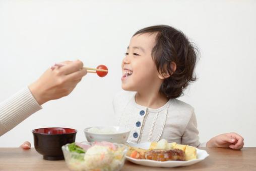 엄마와 아이 식사 52