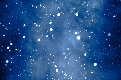 Night snow 2