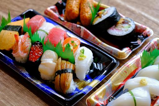 Sushi takeout ③