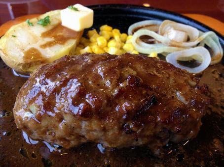 Juicy hamburger set meal