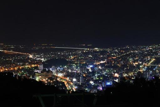 Night view of Bizan
