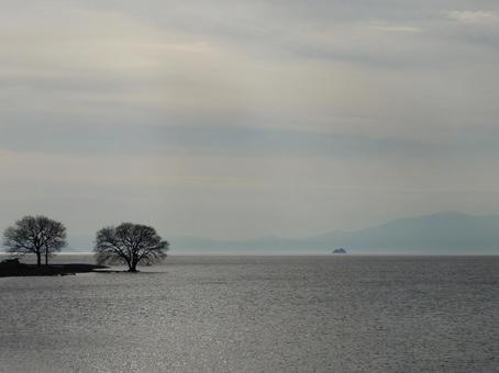 Backlight Lake 004