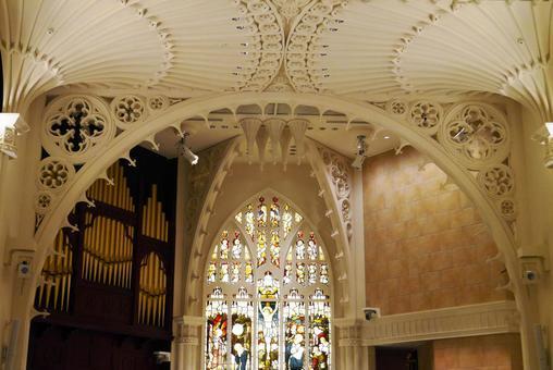 Wedding in chapel 2
