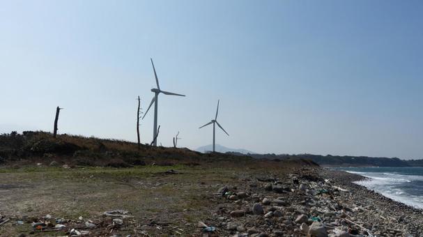 해안과 풍력 발전의 풍경