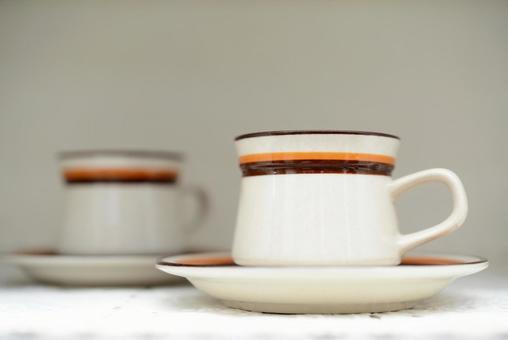 Fashionable cups and saucers
