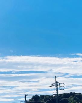 Horizontal clouds and blue sky (2)