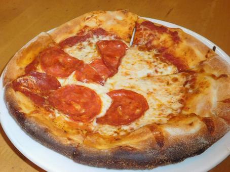 페페 로니 피자