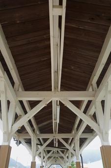 복고풍 역사 (지붕 뒷면)