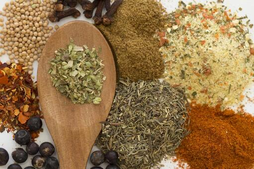 Spices and spoons 55