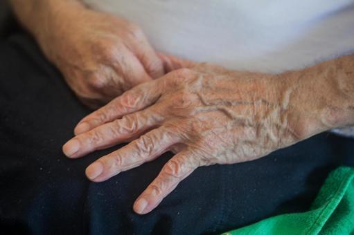The elderly hand 9